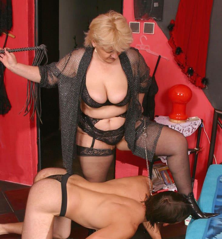 Maitresse Amanda - femme dominatrice